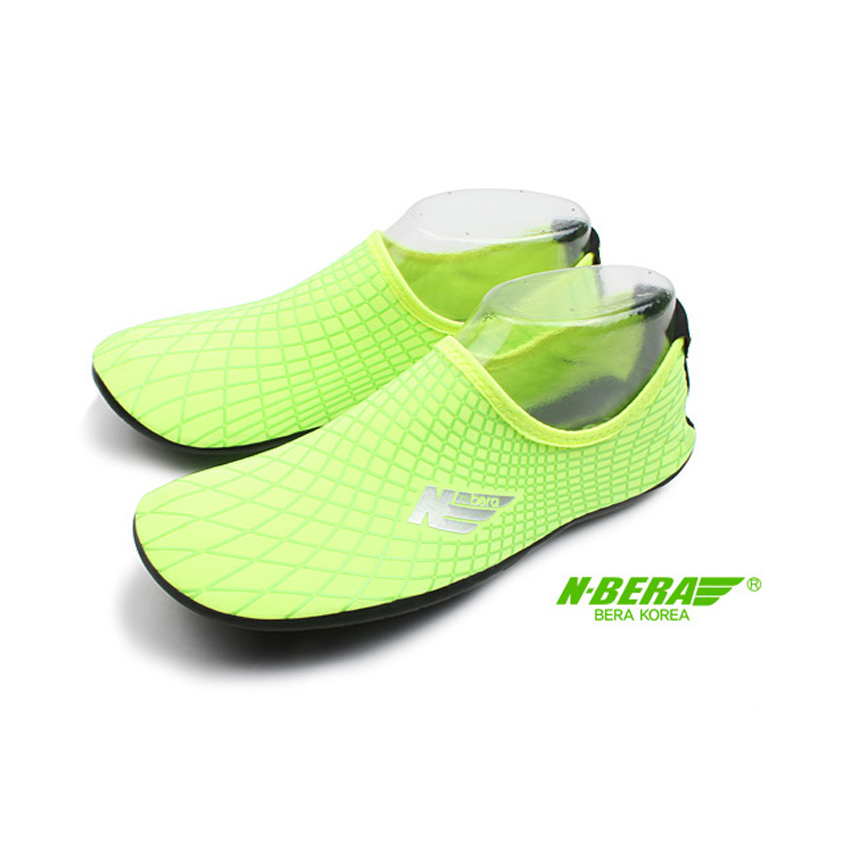 Water Shoes / Aqua Shoes – NB (Green)