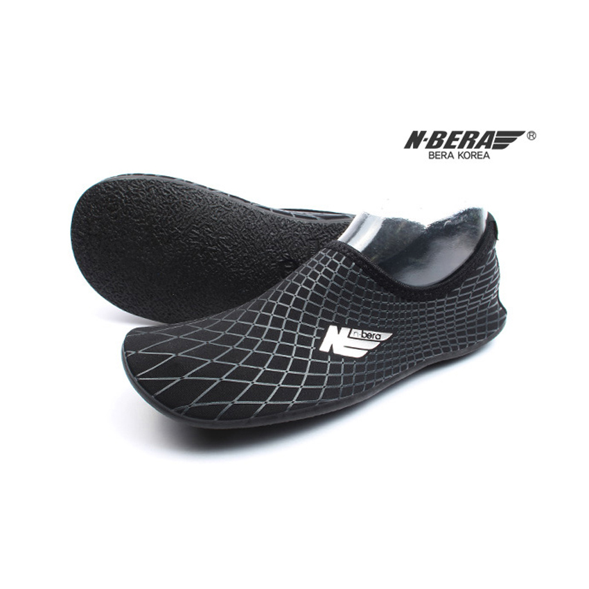 Water Shoes / Aqua Shoes – NB (Black)